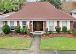 Foreclosed Home in Kenner 70065 17 ANTIGUA DR - Property ID: 70111065