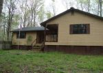 Foreclosed Home in Centerville 37033 1957 BRUSHY RD - Property ID: 70116050