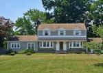 Foreclosed Home in Farmingdale 7727 11 WALNUT ST - Property ID: 70117649