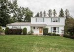 Foreclosed Home in Brighton 48114 3234 MORAINE DR - Property ID: 70118609