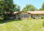 Foreclosed Home in Brookfield 53005 3185 APPLEGATE LN - Property ID: 70120211