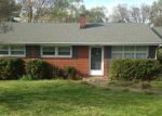 Foreclosed Home in Vinton 24179 2658 LINDENWOOD DR - Property ID: 70120339