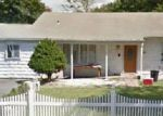 Foreclosed Home in West Babylon 11704 341 WESTCHESTER AVE - Property ID: 70121464