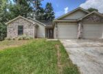 Foreclosed Home in Montgomery 77356 165 APRIL WATERS DR W - Property ID: 70122162