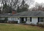 Foreclosed Home in Mc Lean 22102 966 SPENCER RD - Property ID: 70124562