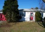 Foreclosed Home in Patchogue 11772 114 CIRCLE DR S - Property ID: 70125098