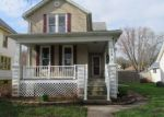 Foreclosed Home in Clinton 52732 724 2ND AVE S - Property ID: 70125968