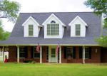 Foreclosed Home in Rockport 78382 120 DEER RUN LN - Property ID: 70126015