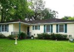 Foreclosed Home in Tomball 77375 413 CARRELL ST - Property ID: 70126378