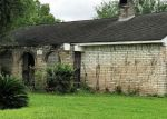 Foreclosed Home in Friendswood 77546 507 W CASTLE HARBOUR DR - Property ID: 70127010