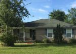 Foreclosed Home in Hilliard 32046 27197 W 13TH AVE - Property ID: 70127042
