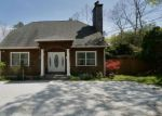 Foreclosed Home in East Hampton 11937 36 BARNES AVE - Property ID: 70127383