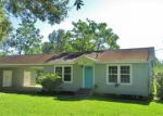 Foreclosed Home in Beaumont 77707 1595 WESCALDER RD - Property ID: 70127817