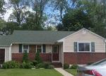 Foreclosed Home in Amityville 11701 27 BENTLEY RD - Property ID: 70128103