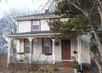 Foreclosed Home in Westerly 2891 31 1/2 PLEASANT ST - Property ID: 70129326