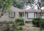 Foreclosed Home in Melville 11747 2476 NEW YORK AVE - Property ID: 70129361