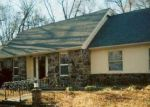 Foreclosed Home in Bentonville 72712 1609 ROBINHOOD RD - Property ID: 70129511