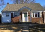 Foreclosed Home in Elmont 11003 198 WARWICK RD - Property ID: 70130563