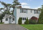 Foreclosed Home in Wantagh 11793 384 TWIN LN S - Property ID: 70130716