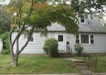 Foreclosed Home in Glen Cove 11542 1 MATTHEWS HTS - Property ID: 70131145