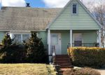 Foreclosed Home in Lindenhurst 11757 611 MADISON AVE - Property ID: 70131429