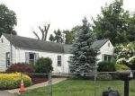 Foreclosed Home in Huntington Station 11746 8 TIPPIN DR - Property ID: 70131430