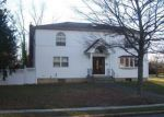 Foreclosed Home in Wyandanch 11798 4 DEVON LN - Property ID: 6014953