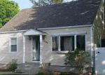 Foreclosed Home in Copiague 11726 240 MAPLE CT - Property ID: 6243739