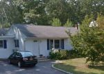 Foreclosed Home in Shirley 11967 94 HOUNSLOW RD - Property ID: 6266734