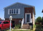 Foreclosed Home in Lindenhurst 11757 890 BEACH ST - Property ID: 6283776