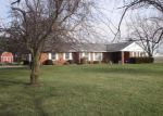 Foreclosed Home in Hoopeston 60942 2308 E 100 NORTH RD - Property ID: 6289380