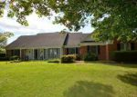 Foreclosed Home in Charles Town 25414 181 FAIRWAY DR - Property ID: 6289591