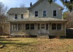 Foreclosed Home in Islandia 11749 219 SAMPSON AVE - Property ID: 6292949
