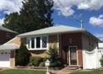 Foreclosed Home in Uniondale 11553 1127 MIDLAND ST - Property ID: 6294287
