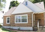 Foreclosed Home in Round Lake 60073 323 HIGHMOOR DR - Property ID: 6294343