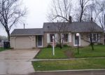 Foreclosed Home in Streamwood 60107 125 E BRIARWOOD DR - Property ID: 6294516