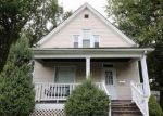 Foreclosed Home in Peoria 61604 605 W HANSSLER PL - Property ID: 6294843