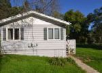 Foreclosed Home in Wonder Lake 60097 7916 BAYVIEW RD - Property ID: 6296849