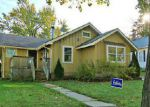 Foreclosed Home in Woodstock 60098 407 RIDGELAND AVE - Property ID: 6297337