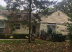 Foreclosed Home in Coram 11727 6 DEER PATH - Property ID: 6297397