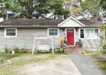 Foreclosed Home in Mastic Beach 11951 31 PEEKER AVE - Property ID: 6299364