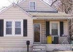 Foreclosed Home in Essex 21221 402 MACE AVE - Property ID: 6299817