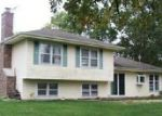 Foreclosed Home in Mundelein 60060 1922 MANOR LN - Property ID: 6300077