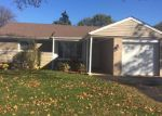 Foreclosed Home in Des Plaines 60016 1095 W VILLA DR - Property ID: 6300286