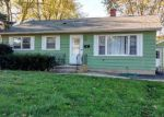 Foreclosed Home in Crystal Lake 60014 310 WALLACE AVE - Property ID: 6300290