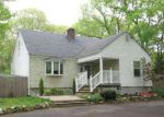 Foreclosed Home in Rocky Point 11778 41 HALLOCK LANDING RD - Property ID: 6300703