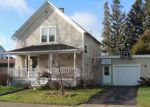 Foreclosed Home in Antigo 54409 908 FULTON ST - Property ID: 6301639