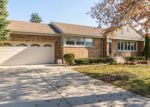 Foreclosed Home in Niles 60714 8150 W GREENDALE AVE - Property ID: 6301756