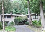 Foreclosed Home in Stamford 6903 56 FOUR BROOKS RD - Property ID: 6302659