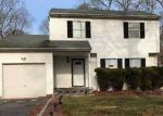 Foreclosed Home in Central Islip 11722 11 PEACH ST - Property ID: 6303309